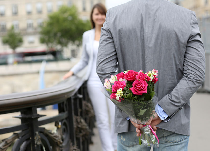 Какие цветы дарят на прощание девушке, роз
